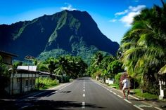 Exploring Moorea by bicycle, French Polynesia. Photography