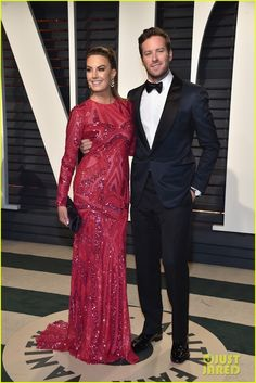 Armie Hammer & Elizabeth Chambers Give a Look of Love on the Red Carpet!