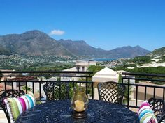 Villa Massandor - Villa Massandor is situated on the hilltop in the magnificent Hout Bay.  The villa, overlooking the valley and ocean, has five bedrooms and five bathrooms. There is an open-plan modern kitchen, dining ... #weekendgetaways #houtbay #southafrica