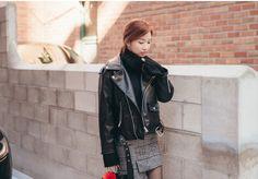 Short Motorcycle Jacket CHLO.D.MANON | #black #motocycle #jacket #chic #cool #koreanfashion #kstyle #winter