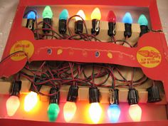 Christmas lights from back in the day. I remember helping Mom and Dad try to figure out which bulb was the bad one❤ Noel Christmas, Retro Christmas, Vintage Holiday, All Things Christmas, Christmas Lights, Christmas Decorations, Christmas Scenes, Elegant Christmas, Christmas Morning