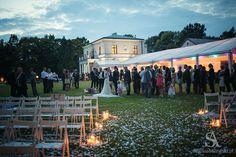 evening wedding ceremony fot. Adam Sobolewski