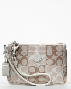 We Work Hard To Give You #Coach #Purses, Attach Importance To Fashion.