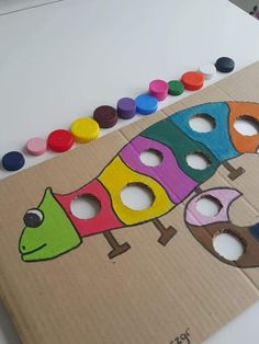 Chameleon Color Matching Activity - Homeschool Craft and Art Motor Skills Activities, Color Activities, Infant Activities, Activities For Kids, Mixed Up Chameleon, Chameleon Color, Diy And Crafts, Crafts For Kids, Arts And Crafts