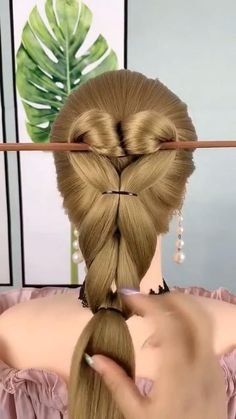 Hairdo For Long Hair, Easy Hairstyles For Long Hair, Braids For Short Hair, Creative Hairstyles, Up Hairstyles, Hair Up Styles, Medium Hair Styles, Hair Style Vedio, Hair Tutorials For Medium Hair