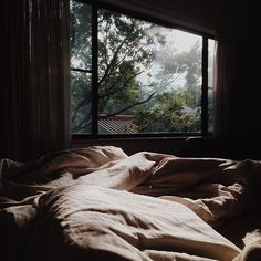 Cozy Aesthetic, Aesthetic Bedroom, Window View, Cozy Room, Cozy Place, Cabins In The Woods, Dream Rooms, My New Room, Cozy House