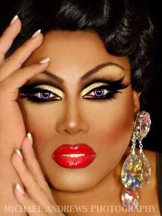 Drag Project. Looking at the contour and the lips. Definitely thinking about using red lipstick.