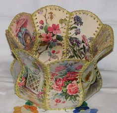 Vintage Greeting Card Baskets   More:  http://www.flickr.com/photos/27565576@N02/galleries/72157622977301187