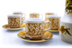 6 Tams Tea Cups And Saucers ochre  white  by SomelikeitvintageCo