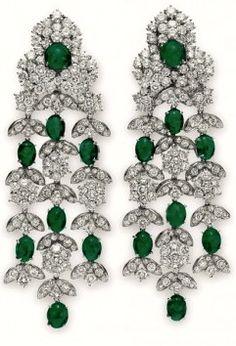 Liz Taylor's Emerald Ear Pendants