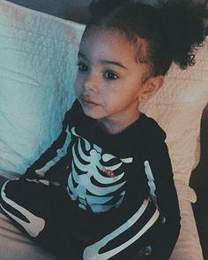 """pixelatedgucci: """"Bryson Tiller's daughter stole my heart tbh """" Cute Little Baby, Pretty Baby, Little Babies, Baby Kids, Bryson Tiller's Daughter, Future Daughter, Cute Mixed Babies, Cute Babies, Beautiful Children"""