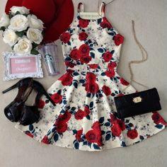 Vestido Laiane  No Neoprene C/ BOJO( Rosas/Fundo OFF)