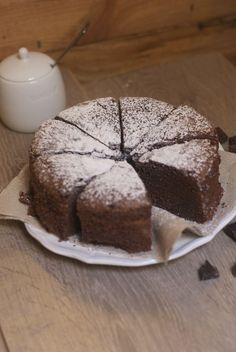 gâteau chocolat  grand'mère Lemon Drizzle Cake, Desserts With Biscuits, Lemon Meringue Pie, Chocolate Flavors, Chocolate Desserts, Chocolate Cake, Sweet Recipes, Cake Recipes, Dessert Recipes