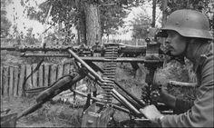 MG-34 Mg 34, World War Two, Germany, Weapons, Camo, Guns, Weapons Guns, Camouflage, Weapons Guns