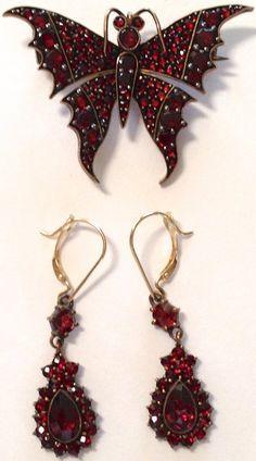 Garnet Jewelry, Earrings & Brooch on Antique Victorian Garnet Jewelry Set - Earrings & Brooch; Garnet Jewelry, Red Jewelry, Modern Jewelry, Turquoise Jewelry, Jewelry Sets, Jewelery, Fine Jewelry, Fashion Jewelry, Fashion Rings