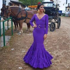 ▪🔝▪ @conchittaguti  #anguasruiz #modaflamenca2018 #modaflamenca #flamencas #flamenco #trajesdeflamenca #elrocio #rocio2018 #flamencas… Mermaid, Formal Dresses, Instagram, Style, Fashion, Spanish Gypsy, Amazing Photography, Gypsy Girls, Spanish Dress