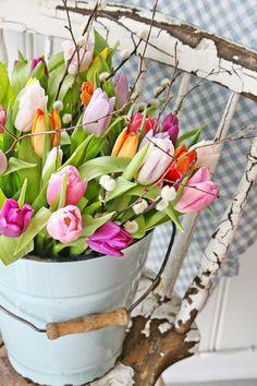 Deko mit Tulpen natürlich schön - Vintage