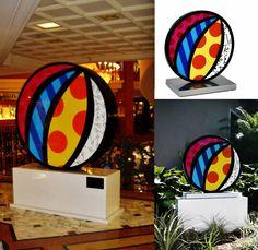 Original sculpture by the Brazilian artist Romero Britto - Paris Art Web