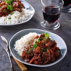 This beef curry is the perfect budget-friendly freezer meal. Curry Recipes, Beef Recipes, Family Website, Cooking Jasmine Rice, Beef Curry, Curry Powder, Learn To Cook, Dessert Recipes, Desserts
