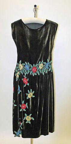 Edward Molyneux Evening dress French ca.1922 Silk