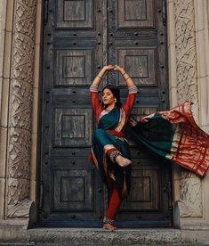 "browngxl: ""B h a r a t h a n a t y a m Dance Photography, Creative Photography, Portrait Photography, Dark Portrait, Bollywood, Kathak Dance, Indian Photoshoot, Indian Classical Dance, Indian Art Paintings"