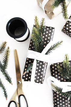 Stylish and Affordable Gift Wrapping Ideas Wrapping Ideas, Wrapping Gift, Creative Gift Wrapping, Christmas Gift Wrapping, Christmas Love, Creative Gifts, All Things Christmas, Christmas Holidays, Winter Holiday