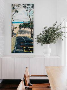 Project: Banksia Home Designers: AP Design House Location: Queensland, Australia Photographer: Felix Forest Interior Ceiling Design, Interior Design Layout, Black Interior Design, Japanese Interior Design, Interior House Colors, Restaurant Interior Design, Home Interior, Interior Design Living Room, Interior Ideas