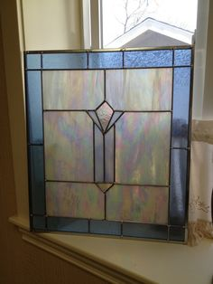 I usually dislike IR glass, but this application is quite pleasing! Faux Stained Glass, Stained Glass Lamps, Stained Glass Designs, Stained Glass Panels, Stained Glass Projects, Stained Glass Patterns, Leaded Glass, Mosaic Glass, Fused Glass