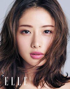 Throwback: Ishihara Satomi Gorgeously Models Wide Ranging Styles for Elle Taiwan 2017 Japanese Face, Japanese Makeup, Japanese Beauty, Japanese Girl, Asian Beauty, Asian Cute, Pretty Asian, Beautiful Asian Girls, Beautiful Women
