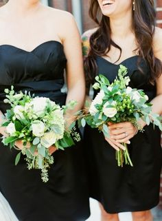 Green and white garden bouquets | photography by http://katiestoops.com/
