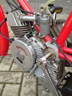 Ducati Antique Motorcycles, Ducati Motorcycles, Cars And Motorcycles, Ducati Classic, Classic Bikes, Vintage Bikes, Retro Bikes, Powered Bicycle, Moped Scooter