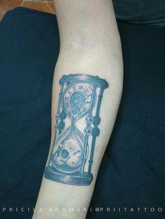 Ampulheta tattoo