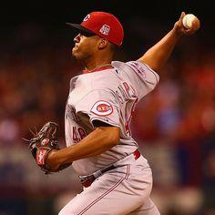Keyvius Sampson tosses 5.1 innings of 1-run ball for the #Reds in St. Louis.