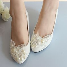 Wedding Shoes Ideas Ivory Low Heel Bridal Shoes Combined With Cute Butterfly Lace Decoration And Lovely White Pearl Accessories Create An Awesome Ivory Low Heel Wedding Shoes Elegant Ivory Low Heel Wedding Shoes for Beautiful Bride
