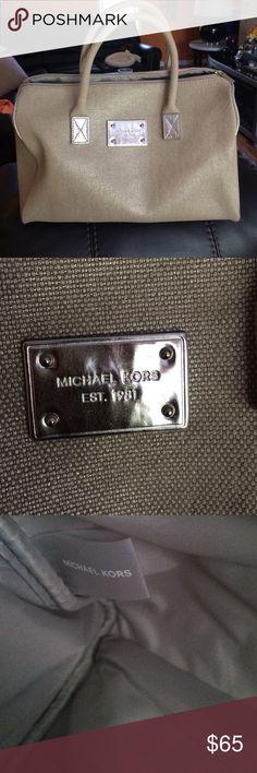 5d8b65c0b71 Michael Kors NWOT 100% Authentic gray and silver purse large size.. Michael  Kors