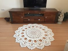 Beautiful Crochet rug TUTORIAL http://youtu.be/Ta97CDpS1Hs