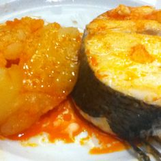 Spanish #food. Merluza a la gallega - Hake Galician style (garlic, pimenton and extra virgin olive oil). Easy, healthy and delicious!! Spanish food.