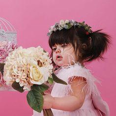 Cute Funny Babies, Cute Kids, Beautiful Children, Beautiful Babies, Baby Hijab, Cute Babies Photography, Magical Photography, Asian Wedding Dress Pakistani, Girls Dresses