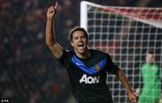 Michael Owen scores for Manchester United