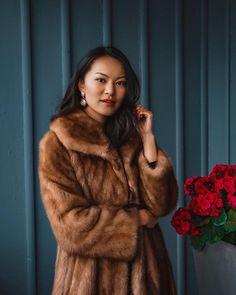 Cozy season 🐻 Brown Fur Coat, Personal Style, Cozy, Seasons, My Style, Jackets, Fashion, Down Jackets, Moda