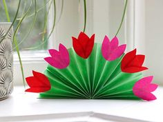 Diy And Crafts, Crafts For Kids, Quality Time, Glass Vase, Plants, Blog, Google, Party, Pictures