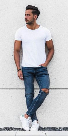 15 Insanely Cool Street Style Looks You Can Steal From This RareTrio Mens Fashion Blog, Best Mens Fashion, Men's Fashion, Classic Fashion, Fashion Tips, Basic Outfits, Casual Outfits, Men Casual, Smart Casual