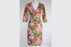 Dames jurk Happy Te bestellen bij: www.kommy-kleertjes.nl  #dress #fashion #damesjurk #jurk #vrolijkejurk #handmade