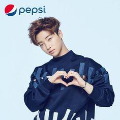 iKON cool down in the summer heat with 'Pepsi'!   Koogle TV