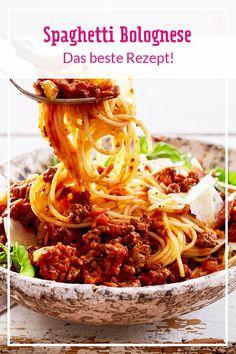 "Spaghetti Bolognese Recipe DELICIOUS - Bolognese is the ""La Mamma"" of all pastas . - Spaghetti Bolognese Recipe LECKER – Bolognese is the ""La Mamma"" of all pasta sauces. Healthy Low Carb Recipes, Healthy Crockpot Recipes, Healthy Breakfast Recipes, Beef Recipes, Beste Bolognese, Spaghetti Bolognaise, Bolognese Recipe, Bolognese Pasta, Spaghetti Squash Recipes"