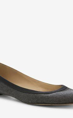 Manolo Blahnik Grey And Black Flat | VAUNTE $100