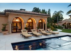 Awesome pool area! Hillsborough, CA Coldwell Banker Residential Brokerage