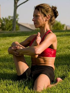 Hip Stretch For Runners and Bikers. I need these after all the biking these days.