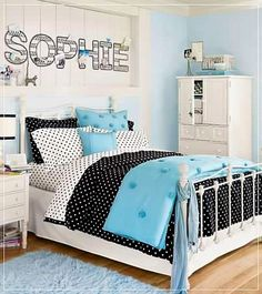 cute girl's room...love the name over the bed