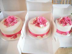 Fushia and Ivory Wedding Cake - Cake by Vanessa Platt  ... Ness's Cupcakes Stoke on Trent